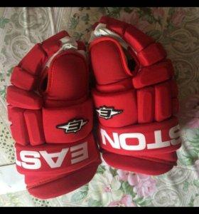 Хоккейные перчатки (краги)