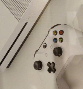 XBox ONE S 1Tb новая. Обмен не предлагать!