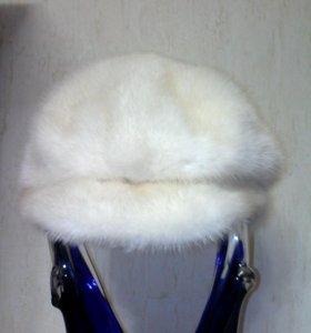 Натуральная норковая шапка .