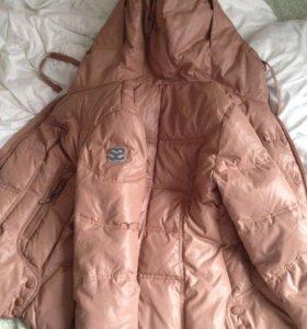 Курточка почти новая