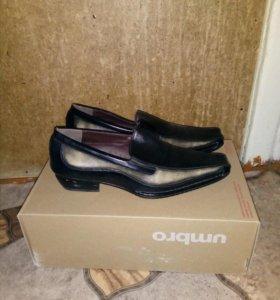 Туфли подростковые 38 размер новые