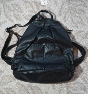 Рюкзак из экокожи (абсолютно новый)
