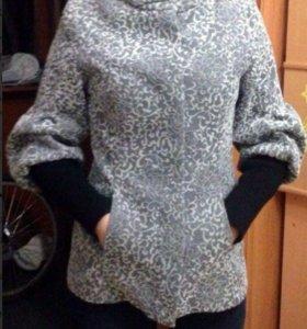 Пальто женское р42