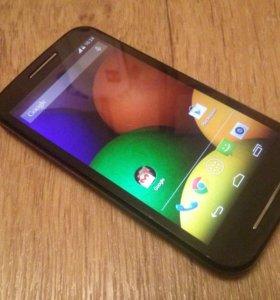 Телефон Motorola Moto E XT1023