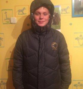 Продам куртку-пуховик на мальчика
