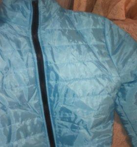 новый Мужской пуховик на осень голубого цвета