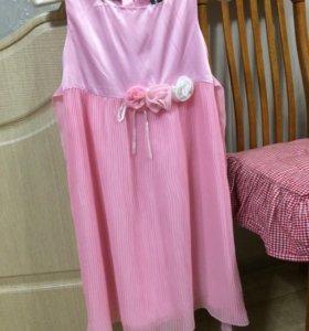 Нарядное платье 120 рост.