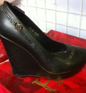 Туфли новые 34 размер
