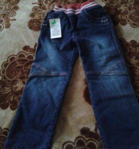 Утепленные джинсы на девочку.