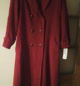 Пальто женское новое чисто шерстяное
