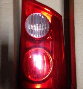 Задний стоп сигнал Toyota Siena