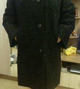 Продаю Каракулевую шубу