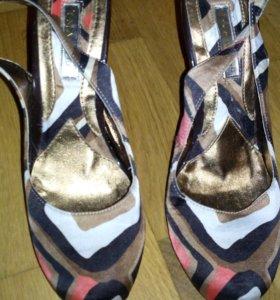 Женская обуви