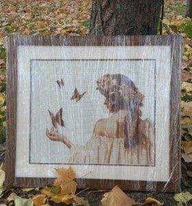 Вышитая картина Девушка с бабочками.