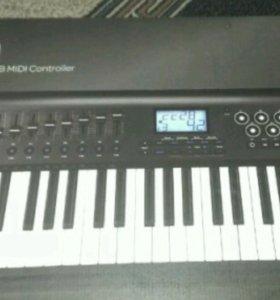 Midi клавиатура Axiom 49.