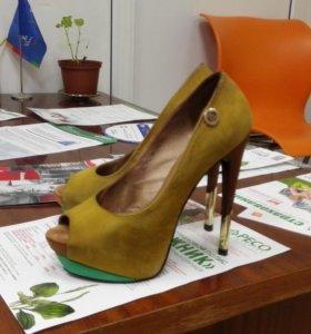 Туфли замшевые 37 размер