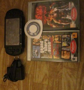 PSP+ 3 игры и зарядка