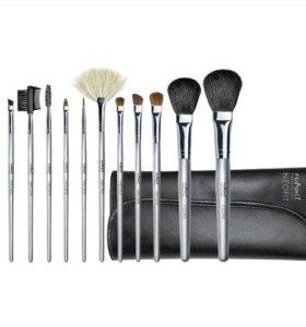 Набор профессиональных кистей для макияжа Adept