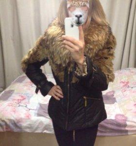 Зимняя куртка с натуральным мехом 42-44 размера