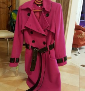 Продам демисизонное пальто
