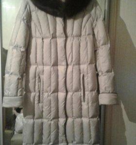 Пальто-пуховик зимнее