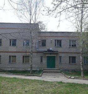 Продается двух этажное кирпичное здание 950 м2