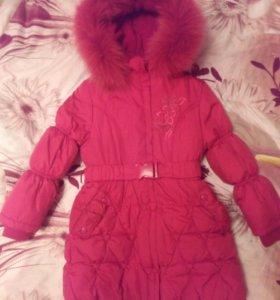 Пальто зимнее на девочку.
