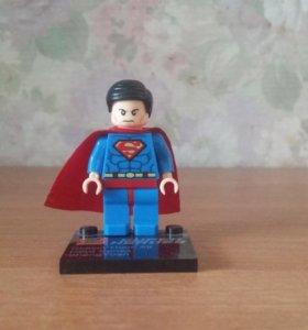 Редкая коллекционная фигурка Lego superman