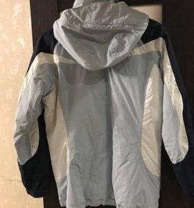 Женская куртка б/у несколько раз
