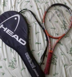 Теннисная ракетка, профессиональная.