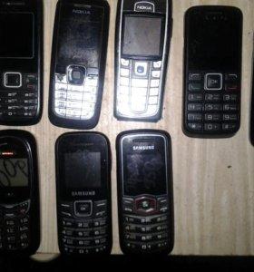 Телефоны кнопочные