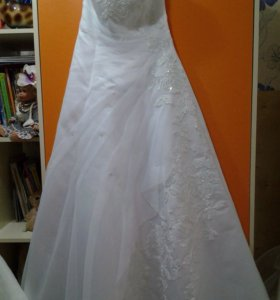 Платье невесты+шубка и фата
