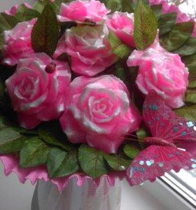 Букетик роз из мыла