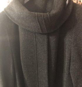 Пальто .новое