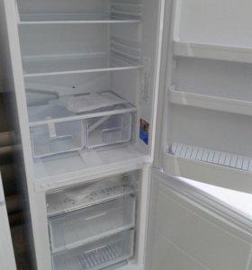 Новый холодильник INDESIT SB 167