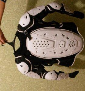 Универсальная защита  ( черепаха ) размер s