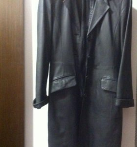 Плащ кожаный 46 размер