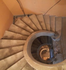 Лестницы из бетона и металла