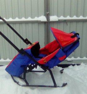 Санки трансформер,есть защитная клеенка от снега