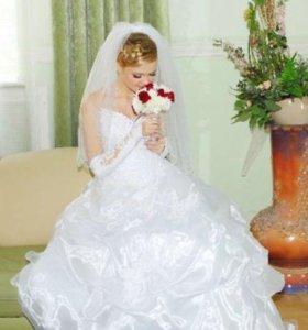 Свадебное платье,перчатки,фата