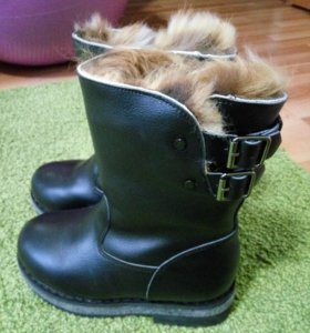 Новые кожаные зимние ботинки на мальчика