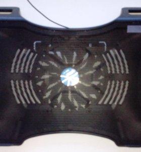 Охлождающая подставка для ноутбука Titan