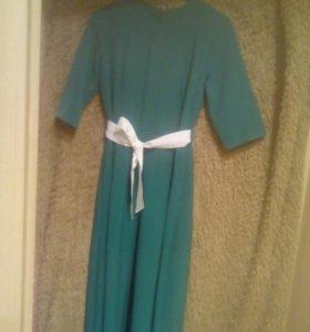 Платье длинное(в пол)