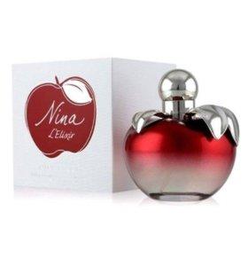 Nina richi красное яблоко