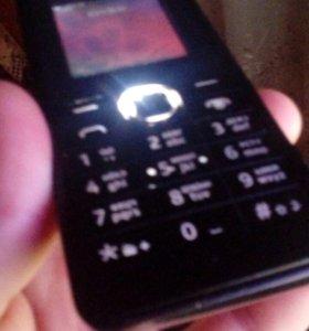 Телефон фонарик