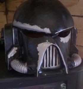 Шлем космодесанта из Warhammer 40000