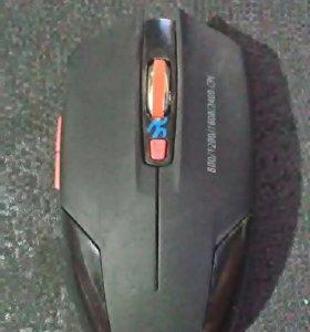 Мышка QUMO