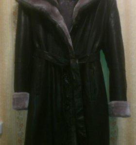 Пальто зимнее кожанное