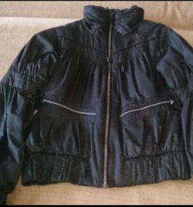 Демисезонная курточка Adidas на 44-46