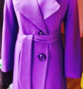 Пальто, новое. Размеры 44,46